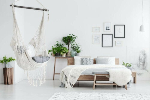 soveværelse i hvide toner