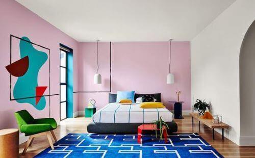 Den farverige charme ved Memphis-designet