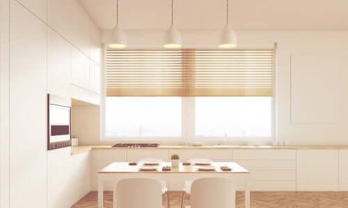 Vælg de bedste persienner og draperinger til dit hjem