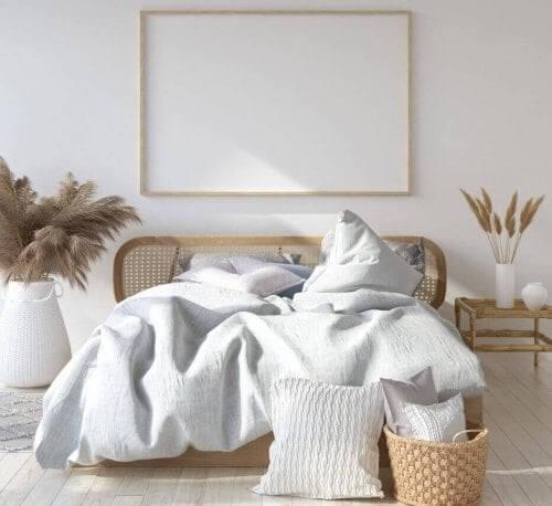 Soveværelse med naturlige møbler