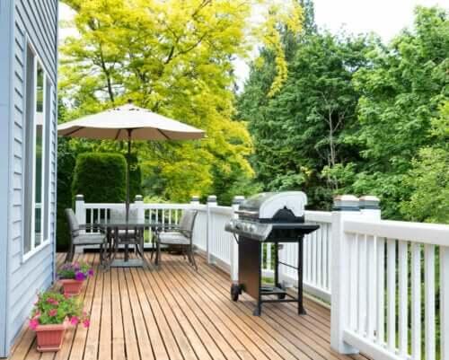 terrasse med grill