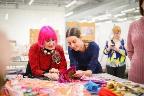 Zandra Rhodes og IKEA's KARISMATISK-kollektion