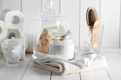 Badeværelsestilbehør til et velduftende badeværelse