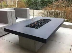 bordpejs på terrasse