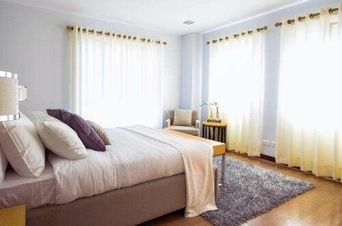 Blødt tæppe til soveværelset