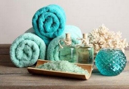 Badeværelsestilbehør i turkis