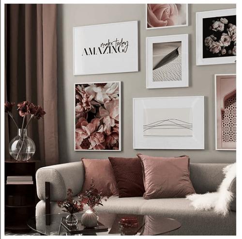 Vægkunst i falmende pink