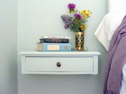 Idéer til små sideborde til soveværelset
