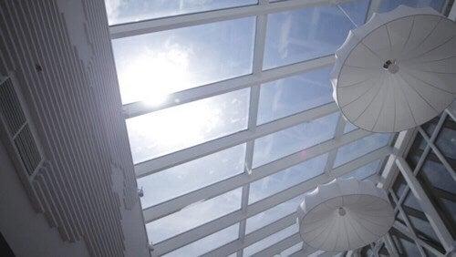 Polykarbonatplader kan bruges til at lave skylight