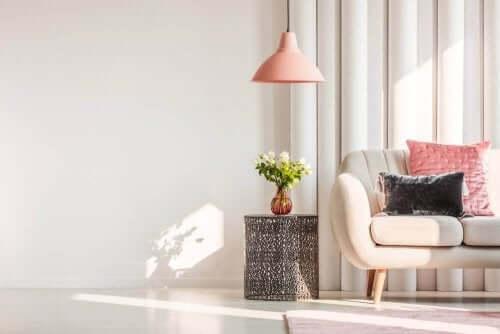 Hvordan du kan øge mængden af naturligt lys i dit hjem
