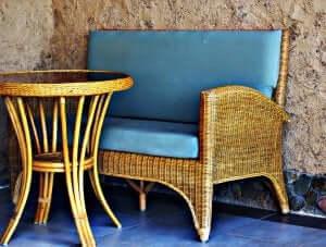 bord og stol i flet