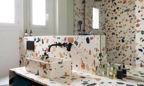 terrazzo på badeværelse