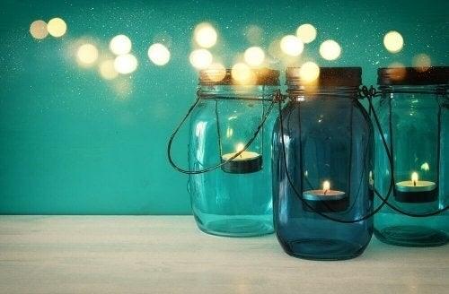 6 måder til at dekorere med Mason-krukker
