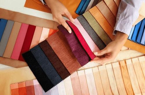 Stofprøver i forskellige farver