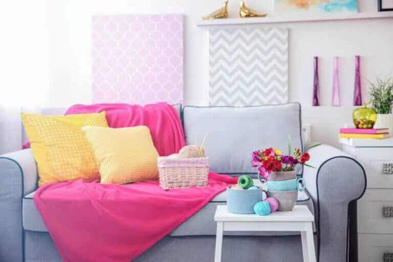 Hvordan du kan kombinere gul og pink
