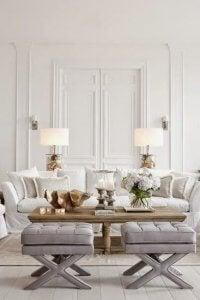Symmetrie im klassischen Wohnzimmer