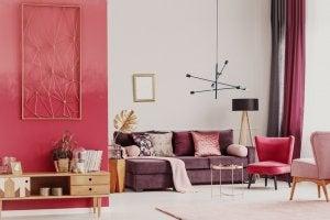 Wohnzimmer in Rottönen gehalten
