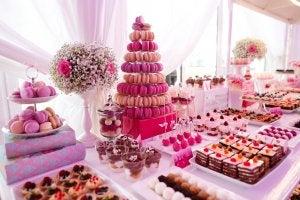 Desserttisch in rosa