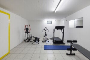 Fitnessraum in der Garage