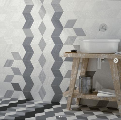 Verwende diese Kacheln in deinem Badezimmer für die Dekoration.
