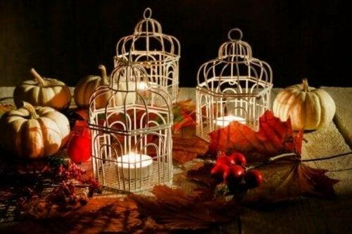 Dekorative Vogelkäfige mit einer eingebauten Lichtquelle gehört derzeit ebenfalls zu den beliebtesten Dekotrends.