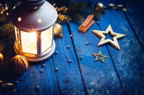 Laternen für den Herbst dekorieren: 4 tolle Ideen