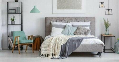 Achte für eine erholsame Nacht auch auf die Bettwäsche, die du verwendest.