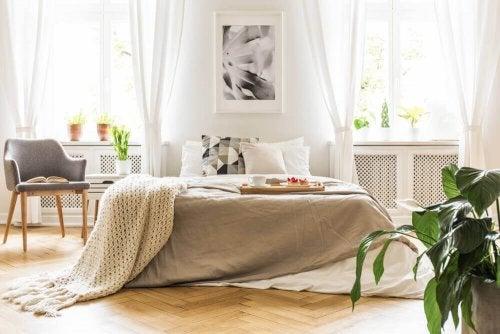 Mit einem gemütlichen Dekor warme Räume schaffen