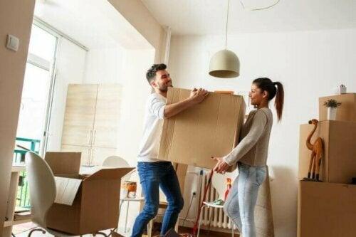 Ein neues Zuhause für zwei: Die Junggesellenwohnung renovieren