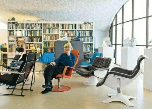 Der Schöpfer des Karuselli-Stuhls ist Yrjö Kukkapuro