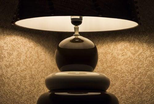 Futuristische Nachttischlampe