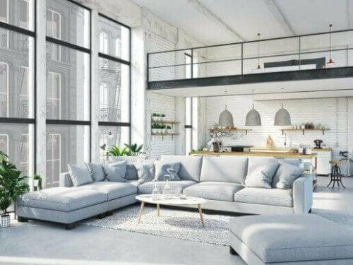 Ein offener Wohnbereich lässt das Licht frei fließen