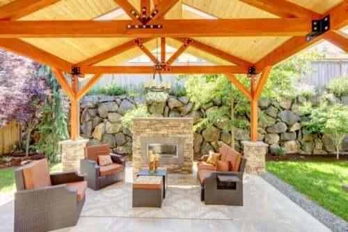 Ein Terrassenverbau: der Natur ein Stück näher sein