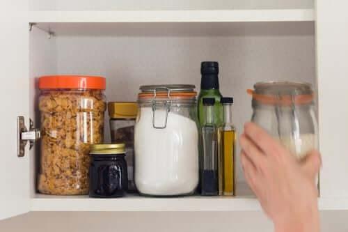 Praktische Tipps für die Organisation deiner Speisekammer
