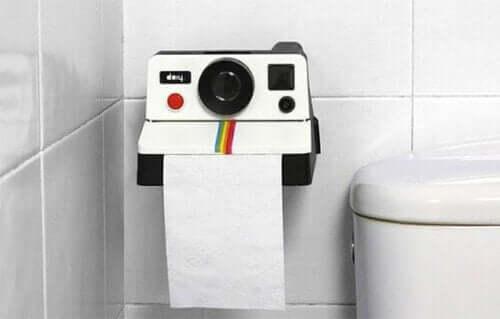 Toilettenpapierhalter für dein Badezimmer: Originelle Ideen