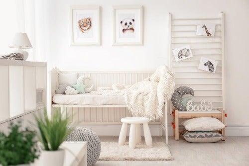 Babyzimmer in warmen Farben