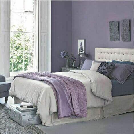 Kühle Farbkonzepte, die für Entspannung in deinem Schlafzimmer sorgen