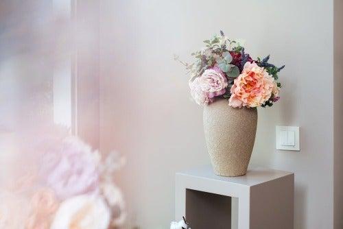 Blumen im romantischen Raum