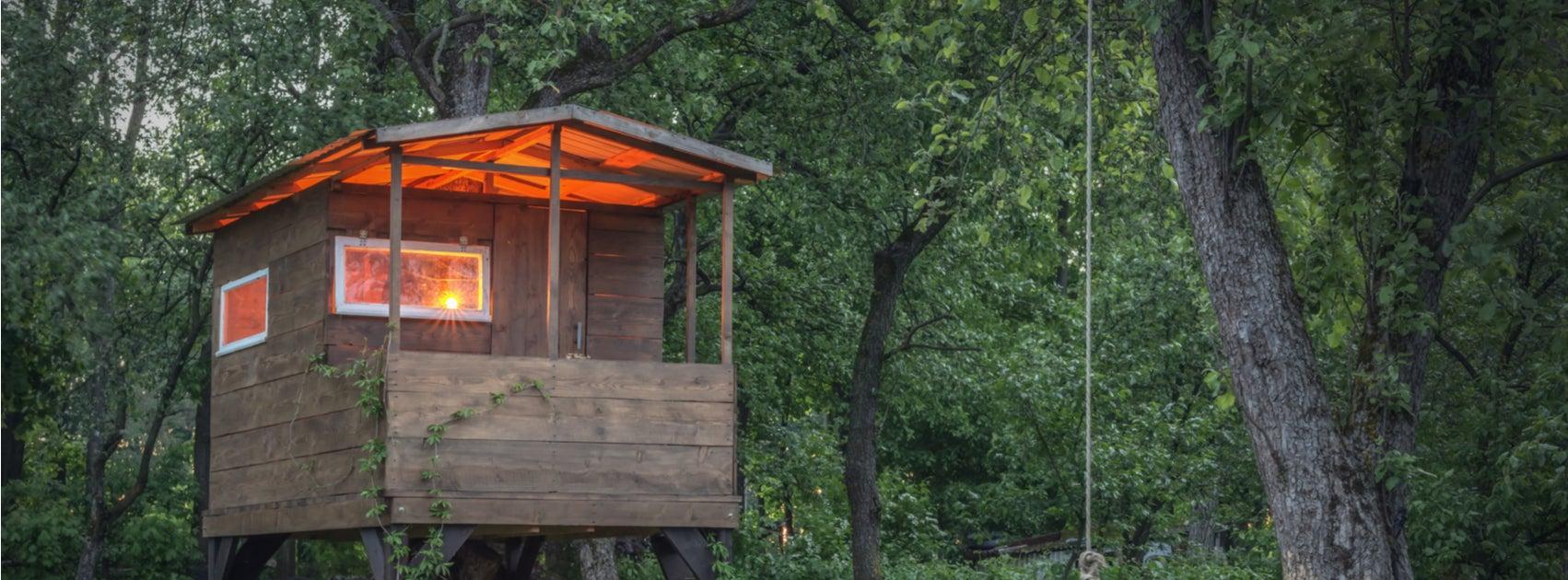 10 casitas de madera para ni os la combinaci n perfecta - Casita con tobogan para ninos ...