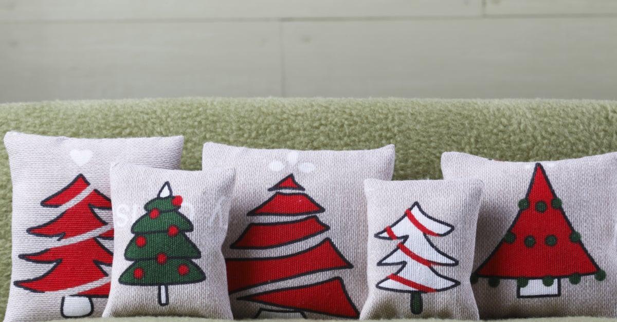 Cojines con fundas con motivos navideños