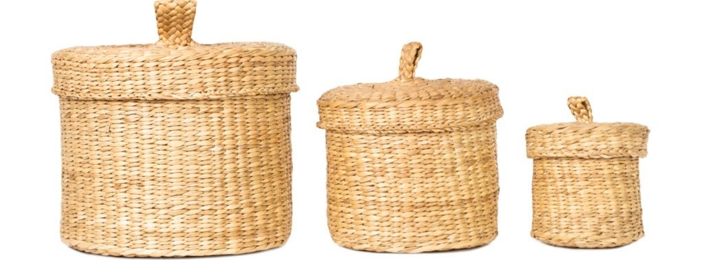 Your can add natural details by using natural fibers like wicker.