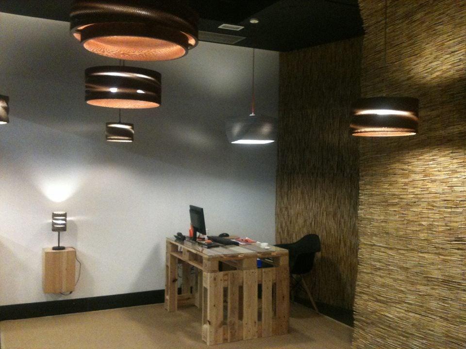 Iluminación en despacho.
