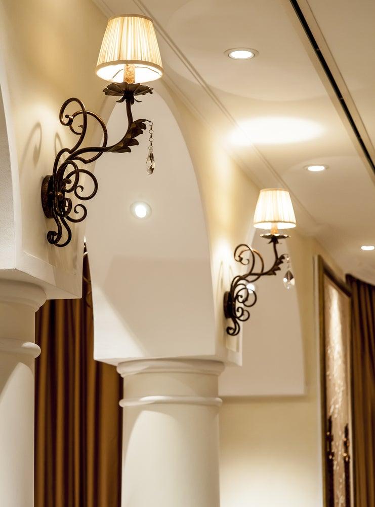 Lámparas de pared de estilo decimonónico