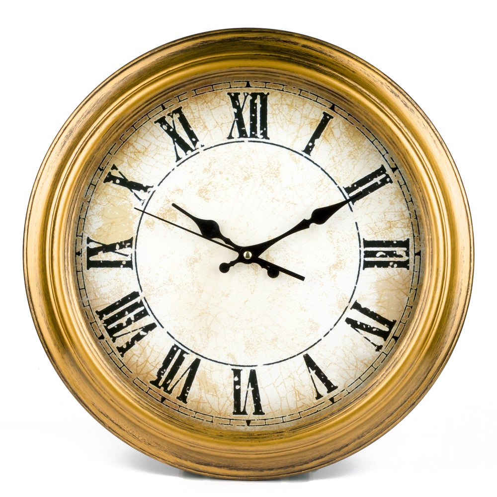 Reloj de pared vintage con números romanos