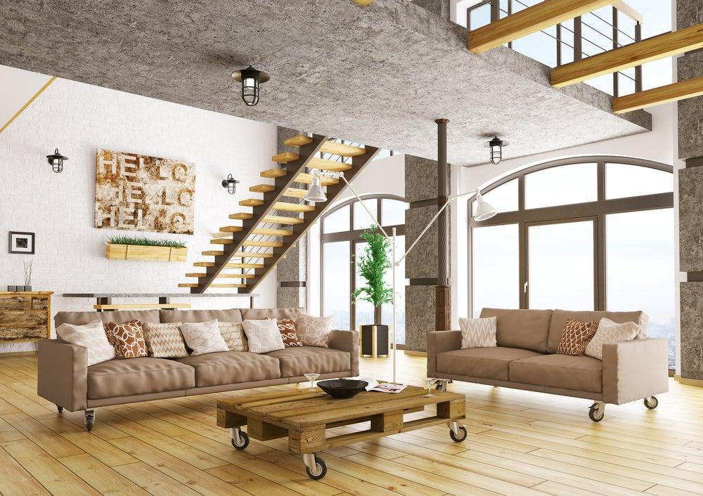 Colores cálidos de estilo industrial: blancos, beige, marrones.