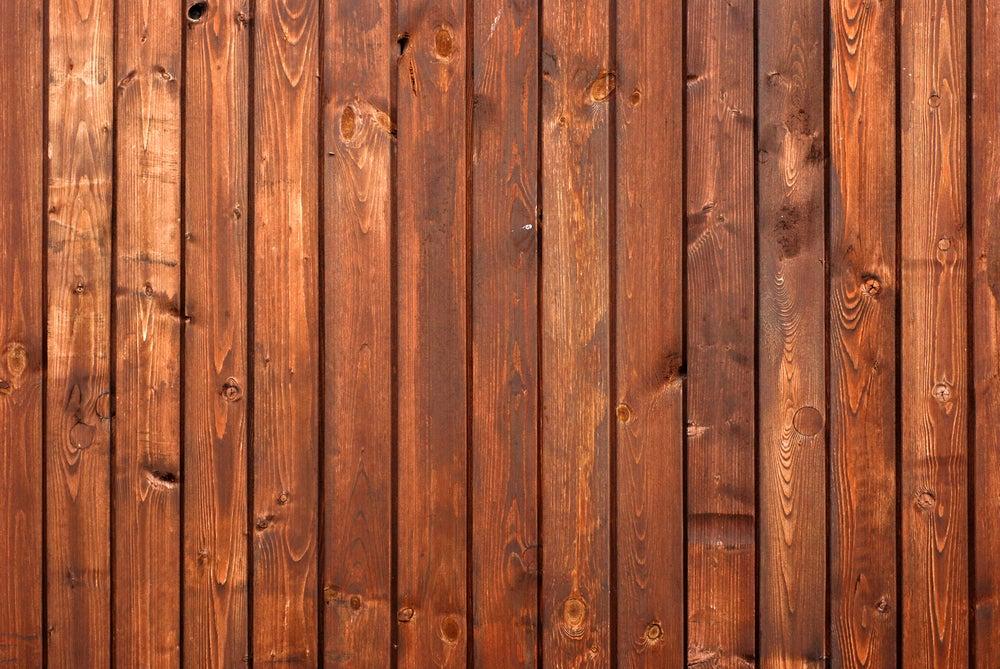 Madera de pino rojo para exteriores.
