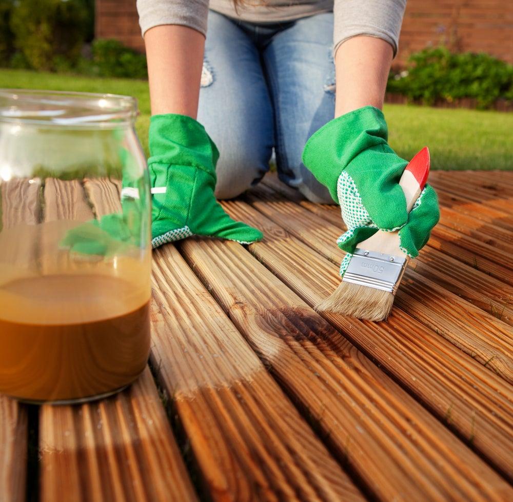 Tratamientos para cuidar y mantener la madera en perfecto estado.
