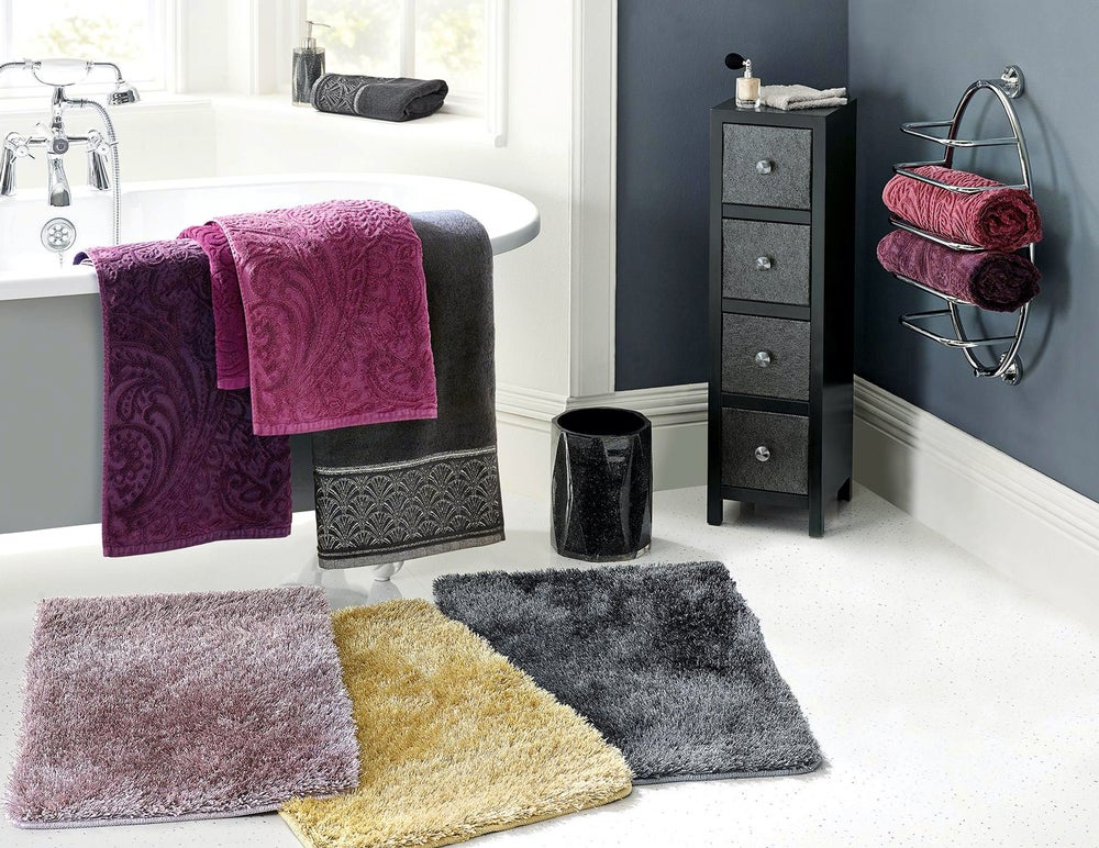 Bathroom textiles