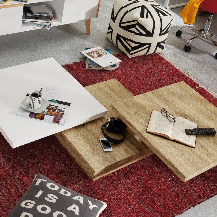 Mesa de centro extensible en madera.