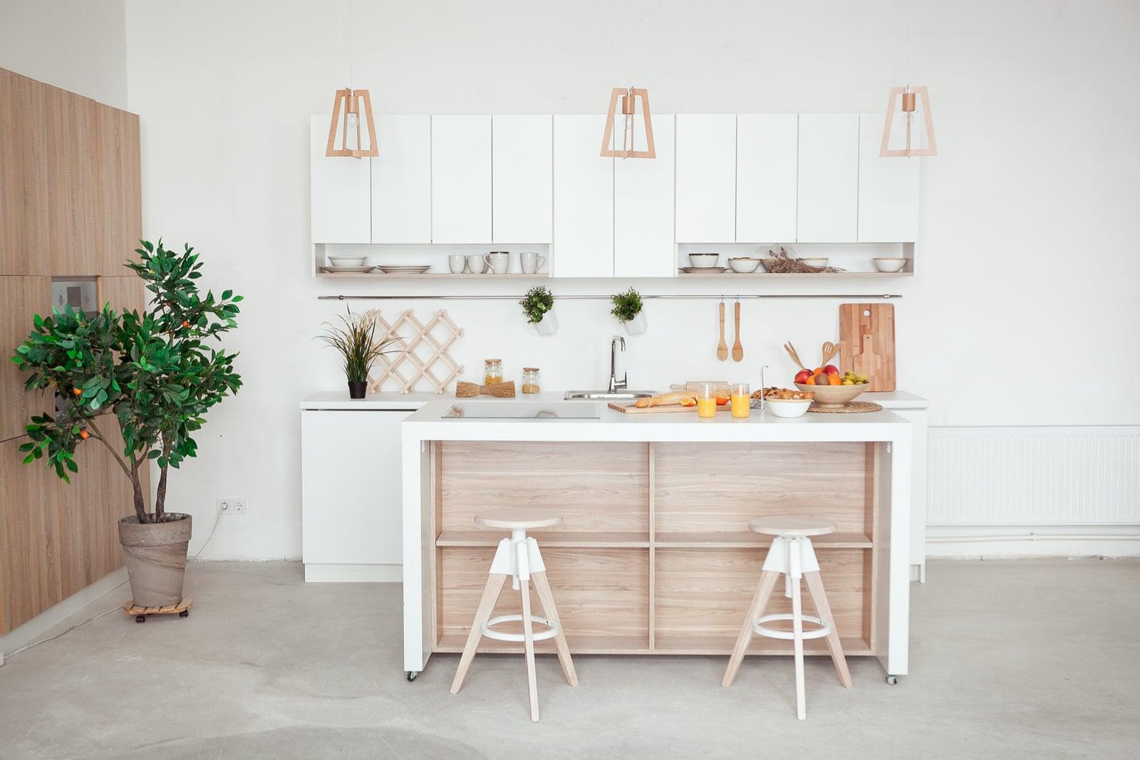 Decorar una cocina en un piso pequeño.